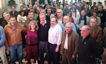 Olavarrienses participaron del encuentro radical seccional