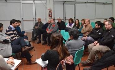 Larreche: 'La idea es seguir las reuniones sector por sector'