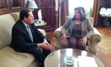 VIOLENCIA DE GÉNERO: Vitale se reunió con la Procuradora Falbo