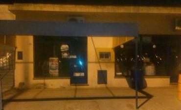 Se clausuró una despensa por falta de habilitación municipal y REBA