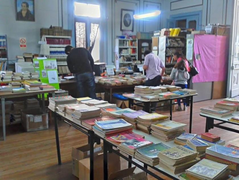 Este sábado se realiza una nueva Feria del Libro Usado de la Biblioteca 1 de Mayo