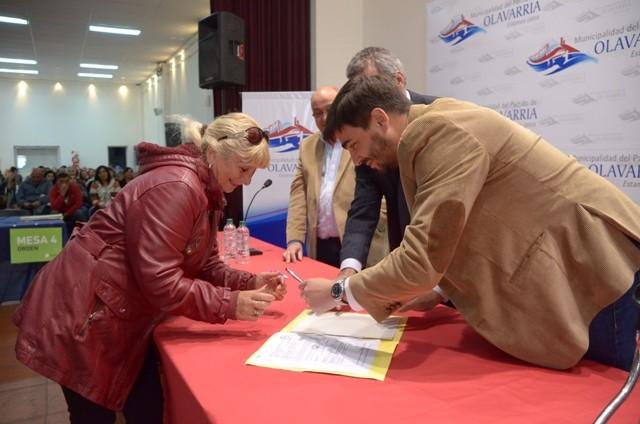Cerca de 150 familias firmarán sus escrituras