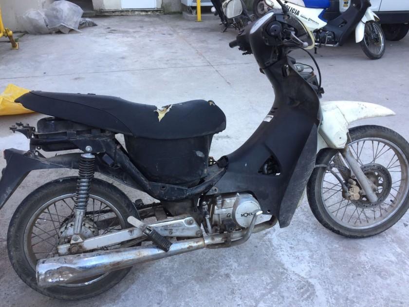 Secuestran motocicleta y arman causa por encubrimiento
