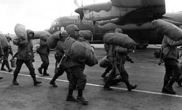 35 años del 'Bautismo de Fuego de la Fuerza Aérea' en la Guerra de Malvinas