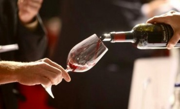 Primera Feria de vinos en Olavarria