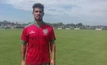 Leo Vitale será titular en Deportivo Camioneros ante Independiente