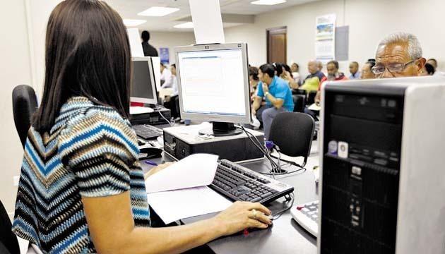 En la Provincia estiman que podrían irse unos 12 mil estatales con retiro voluntario