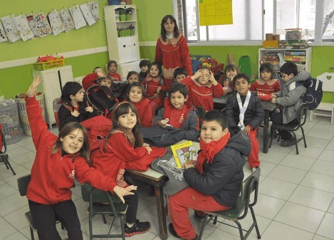 Se celebra el Día de la Maestra Jardinera y el día de los Jardines de Infantes