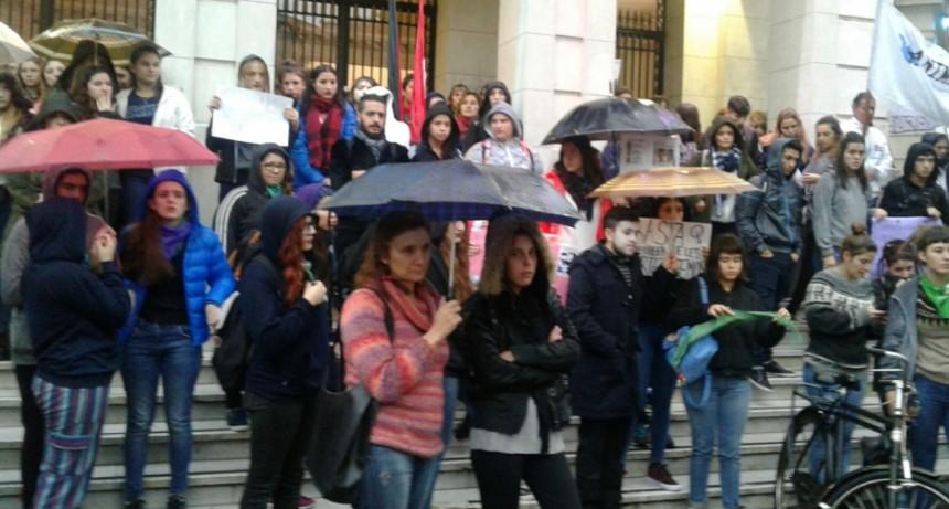 Marcha contra el abuso sexual en Olavarría