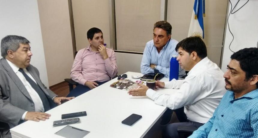 Radicales de Olavarría se reunieron con el Diputado Nacional Carlos Fernández