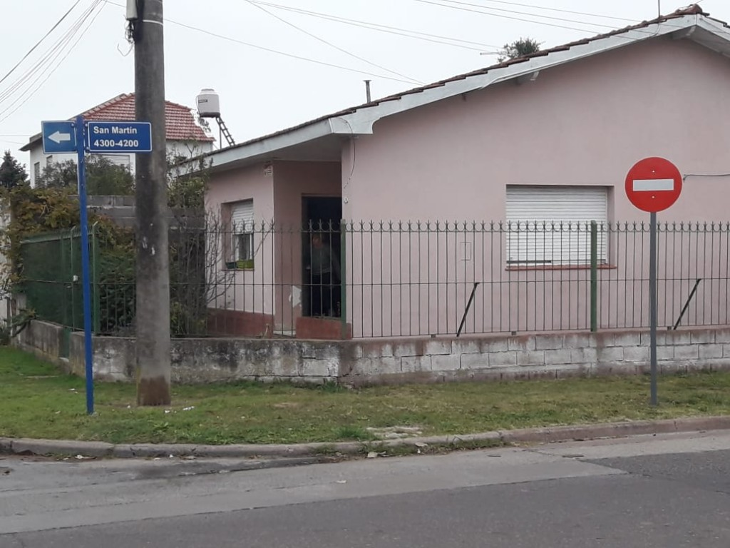 Sentido único de circulación en un sector de calle San Martín