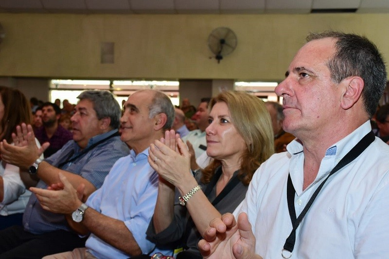 Lordén: 'Los radicales bonaerenses decidimos continuar cambiando la Provincia de Buenos Aires'