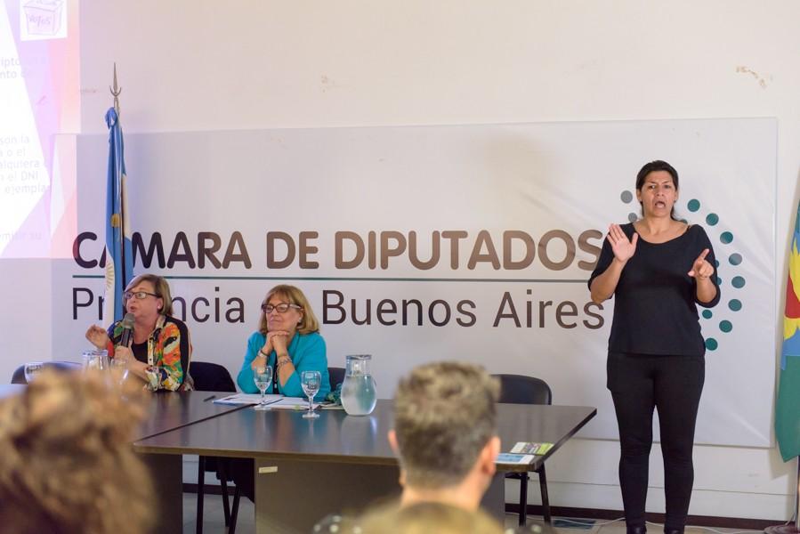 """Jornada Sobre """"Voto Accesible"""" en la Cámara de Diputados de la provincia"""