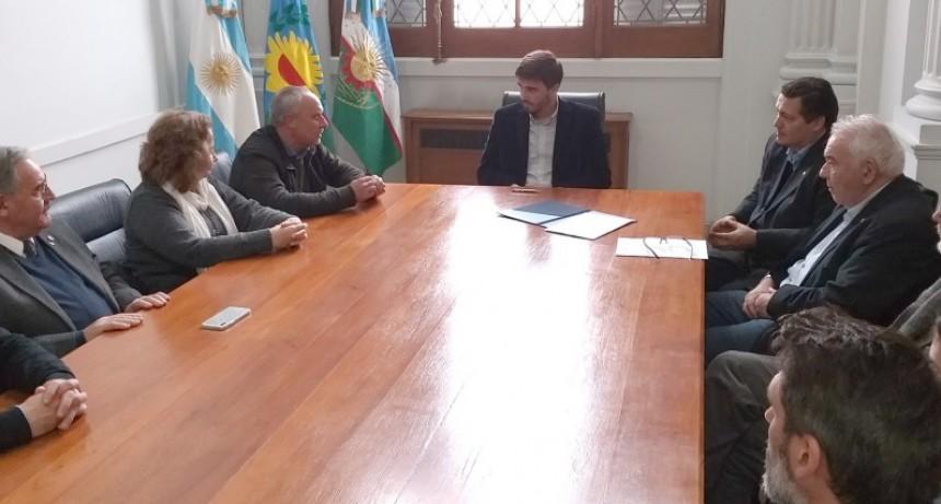 Acuerdo entre el Municipio y la Facultad de Ingeniería para el uso de un nuevo sistema de información catastral