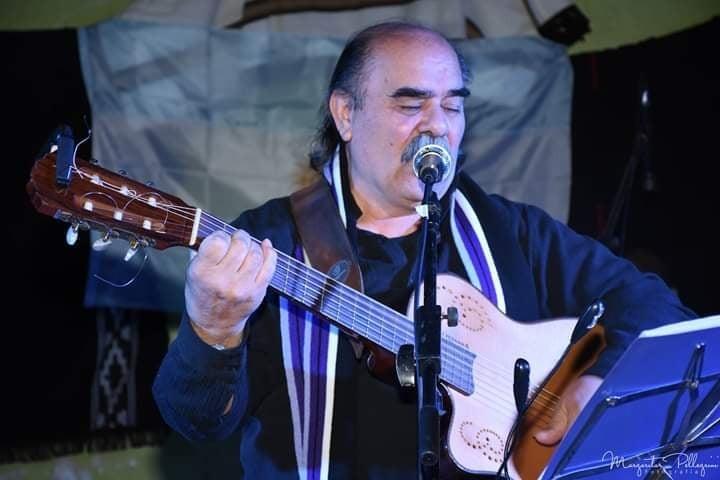 En cuarentena cantó en vivo José Lucero Pedráz