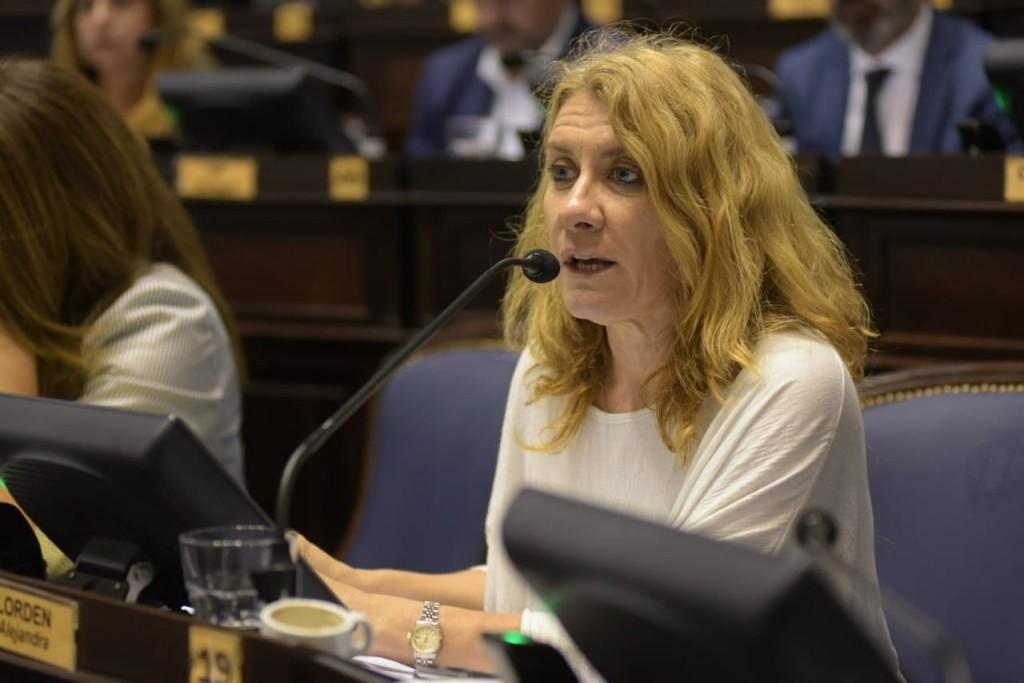 Lordén: 'Incorporar a la emergencia, la violencia familiar y de género es reafirmar políticas de Estado'