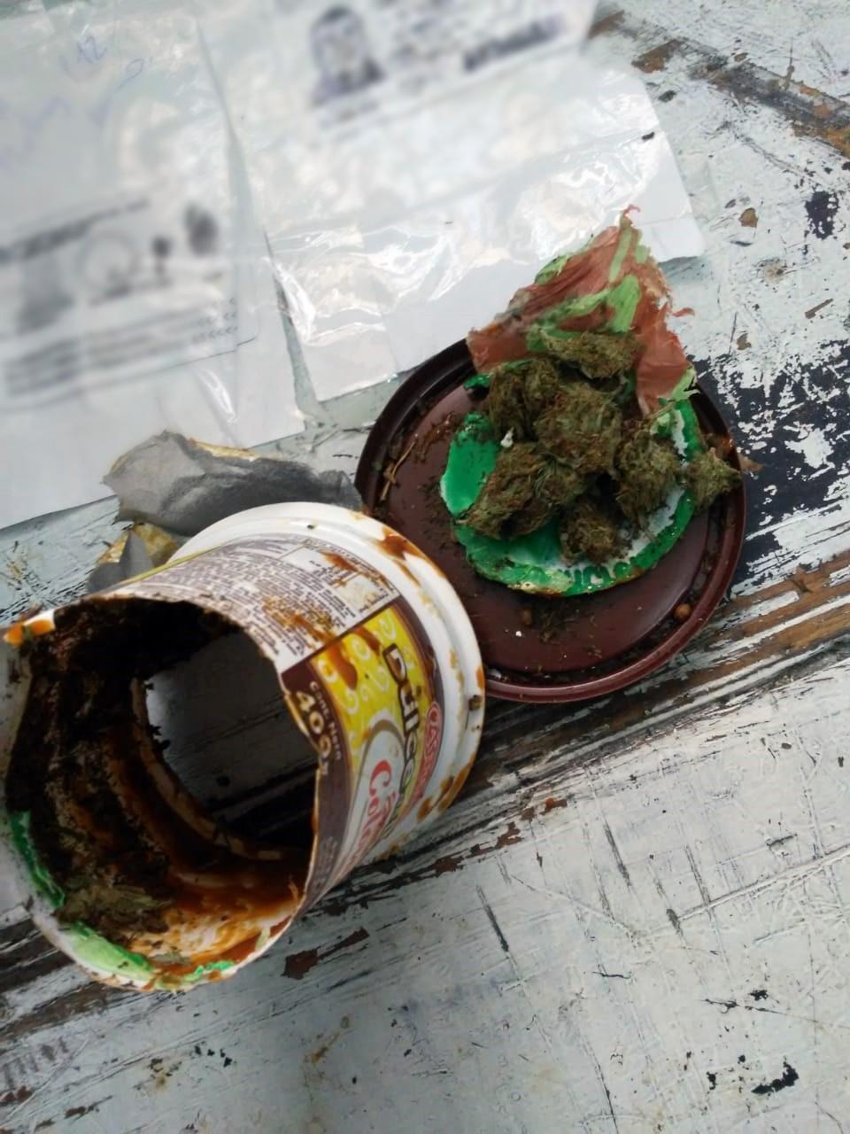 El SPB cortó el ingreso de casi 100 gramos a marihuana a las unidades 17 y 38