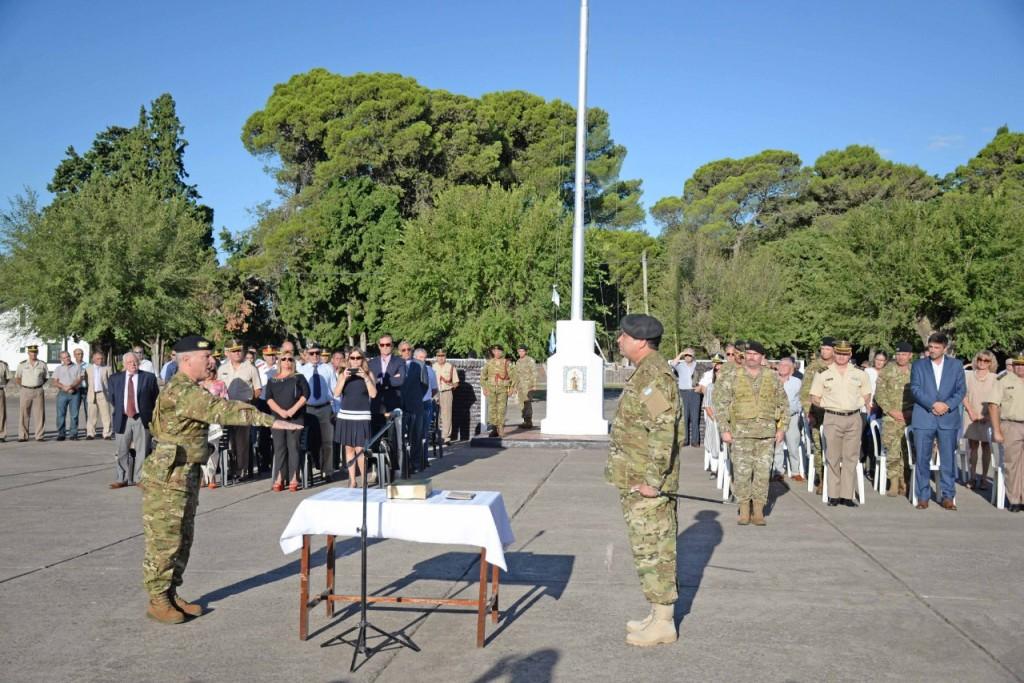 Día del Ejército: 'por ahora no se anuncian incorporaciones de voluntarios'