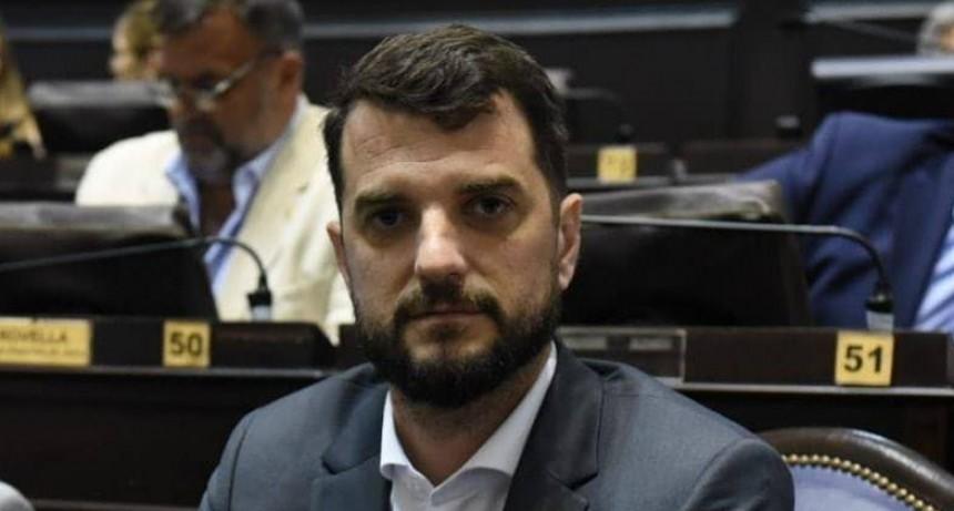 El Diputado Carrara defendió la gestión en Salud de María Eugenia Vidal