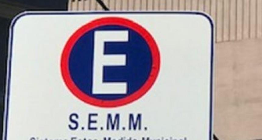 Estacionamiento medido: se cumple de 9 a 16