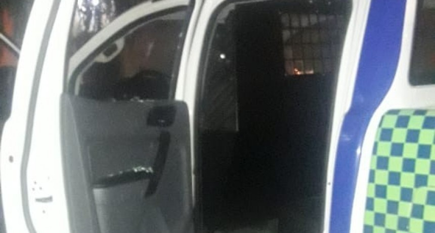 Dos detenidos intentando robar en Barrio Jardín