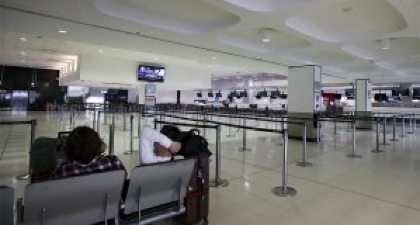 Cancillería afirmó que sólo quedan por retornar el 10% de los argentinos varados en el exterior