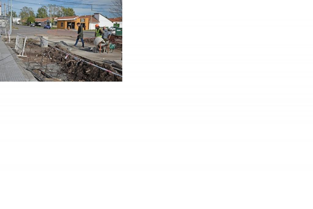 Avances en la construcción de nuevas veredas en barrio CECO