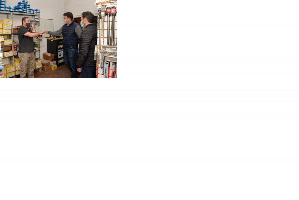 Ezequiel Galli visitó una empresa proveedora de oxígeno
