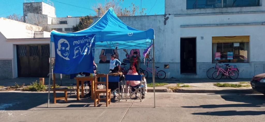 Posta comunitaria y El Estado en tu Barrio en La Yumba