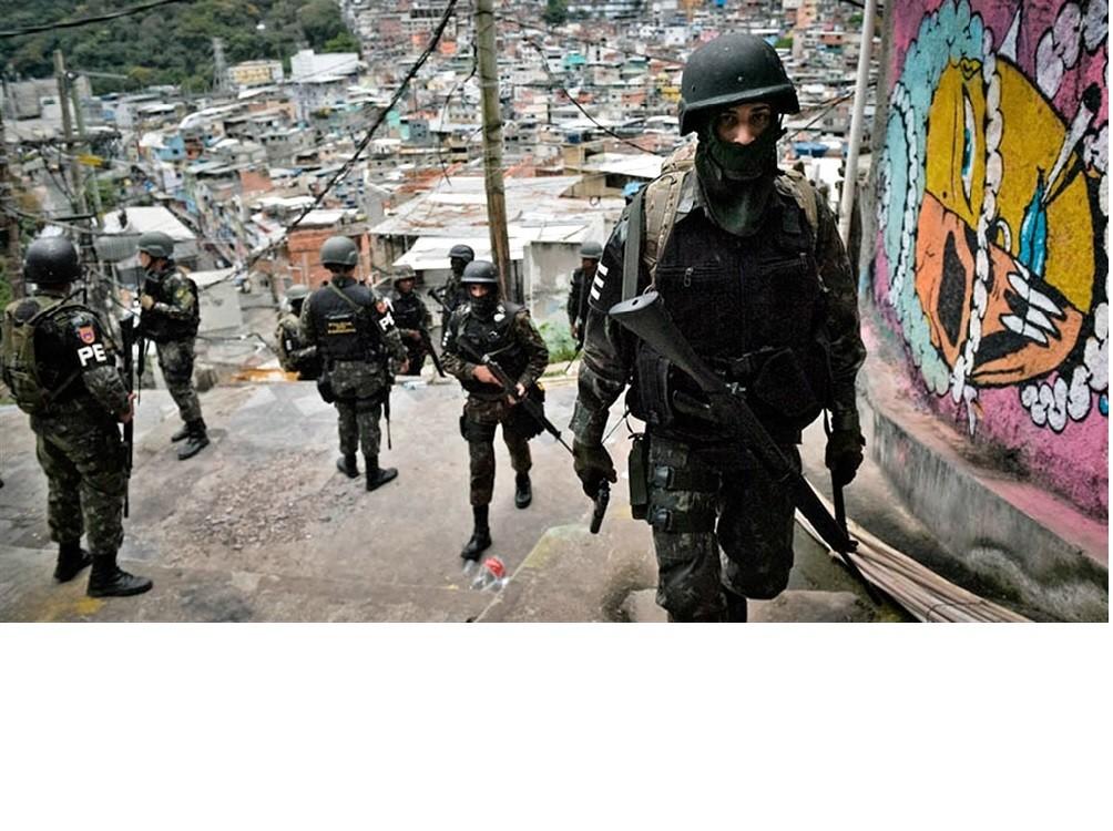 Bolsonaro reivindicó la masacre en la favela de Rio donde murieron 28 personas