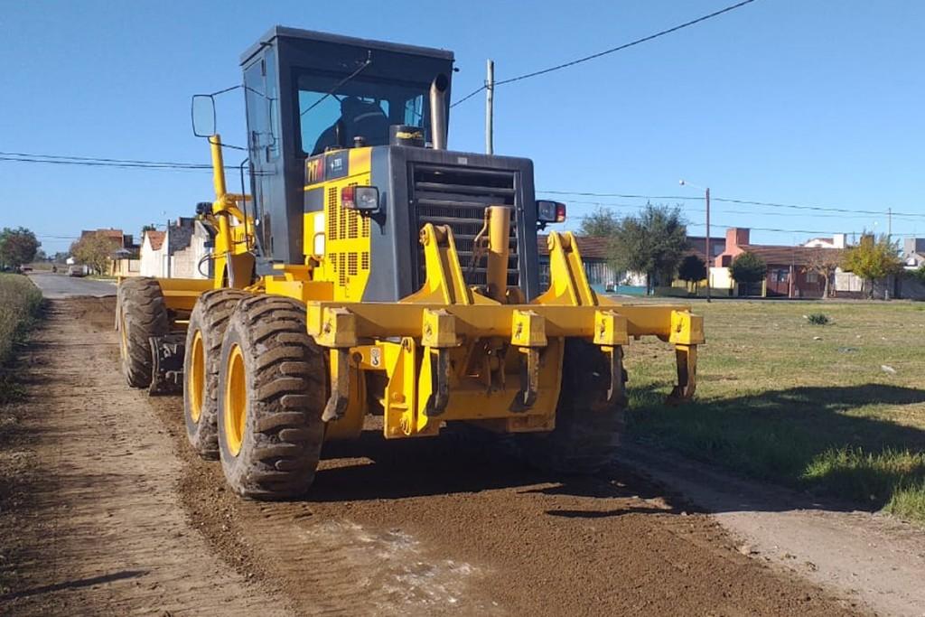 Mantenimiento de calles: el municipio realiza trabajos en los barrios Educadores y Lourdes
