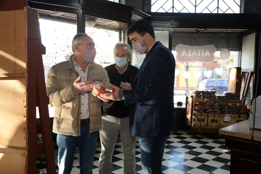 El Intendente Galli visitó Fideería Aitala