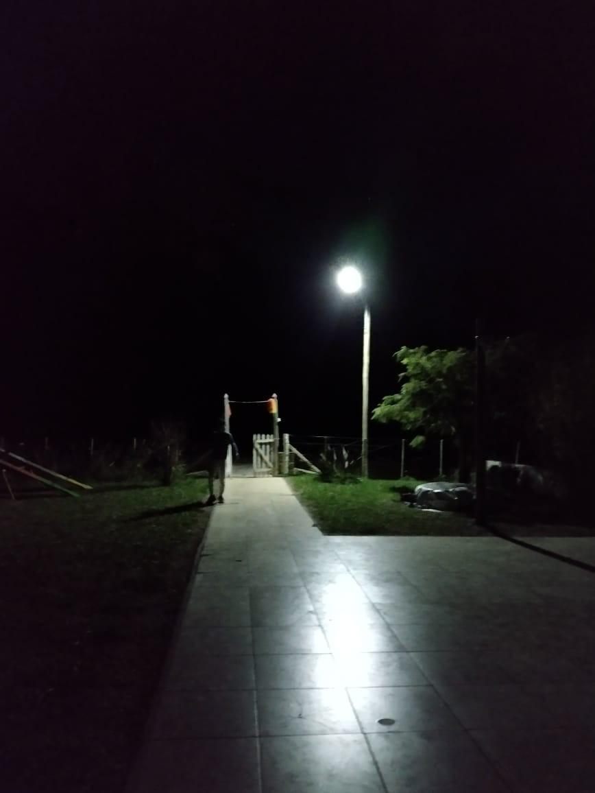 Instalaron alumbrado público con alimentación solar en Mapis