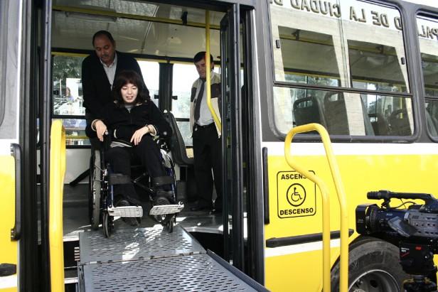 Discapacitados podrán viajar gratis en trenes y lanchas bonaerenses