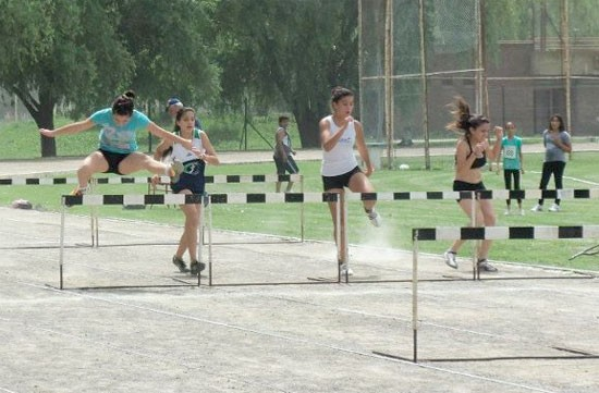 Buena actuación de atletas olavarrienses en Mendoza