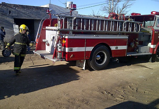 Se incendió un galpón y fue perjudicial para una familia