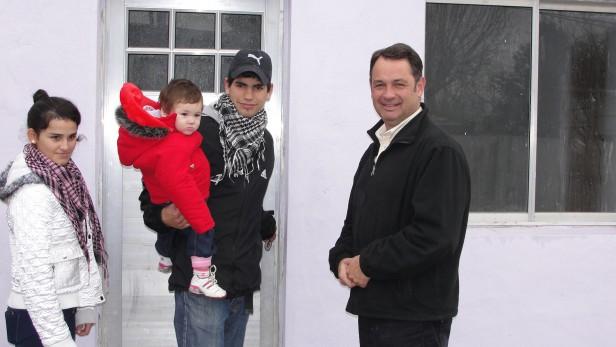 Alvear: el Intendente Cellillo entrego una vivienda social