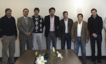 Abarca, Concejales del FPV y la Cámara de Comercio de 25 de Mayo se reunieron por el PRO.CRE.AR