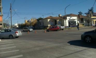 Un choque de dos autos dejó a una herida leve