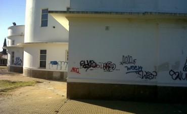 Graffitis en la Casa del Bicentenario