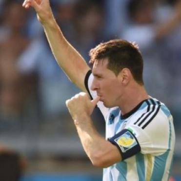 Triunfo Agonico de Argentina