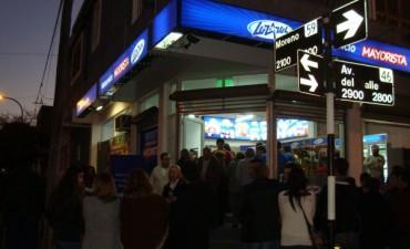 Luz Azul inauguró su  autoservicio mayorista