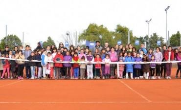 Primera jornada de tenis social