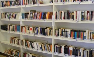 Celebran el día del libro en la Biblioteca de Sierras Bayas