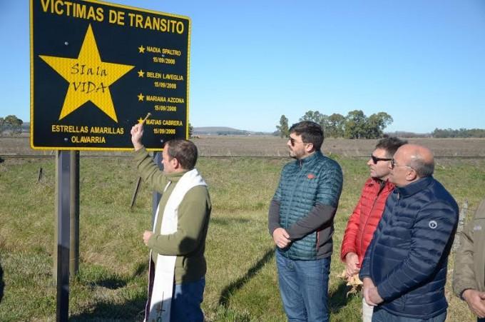 Estrellas Amarillas: se colocó un cartel recordatorio en el Camino de los Pueblos