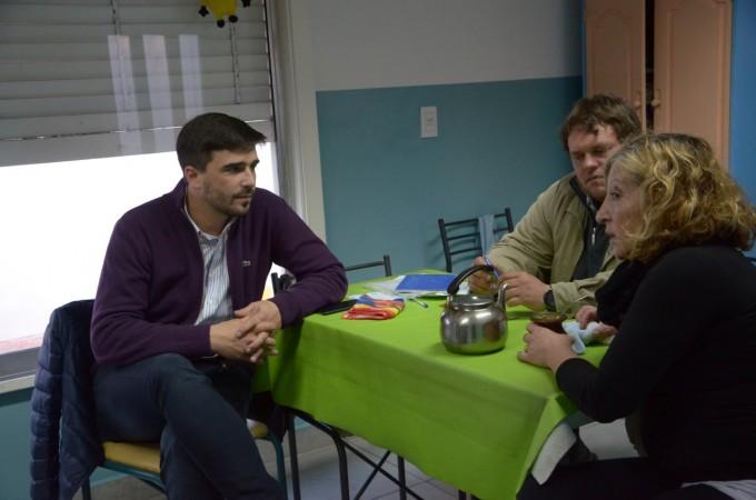 El intendente Galli visitó IDEO y el Hogar Peñihuén