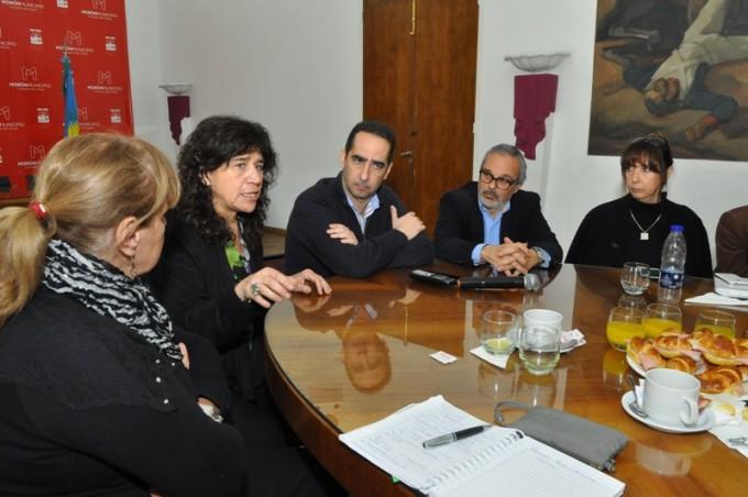 Más de 1.000 millones de pesos en obras para hospitales bonaerenses