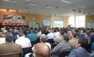 Congreso de Caminos Rurales: Galli encabezó la mesa redonda de intendentes de la región