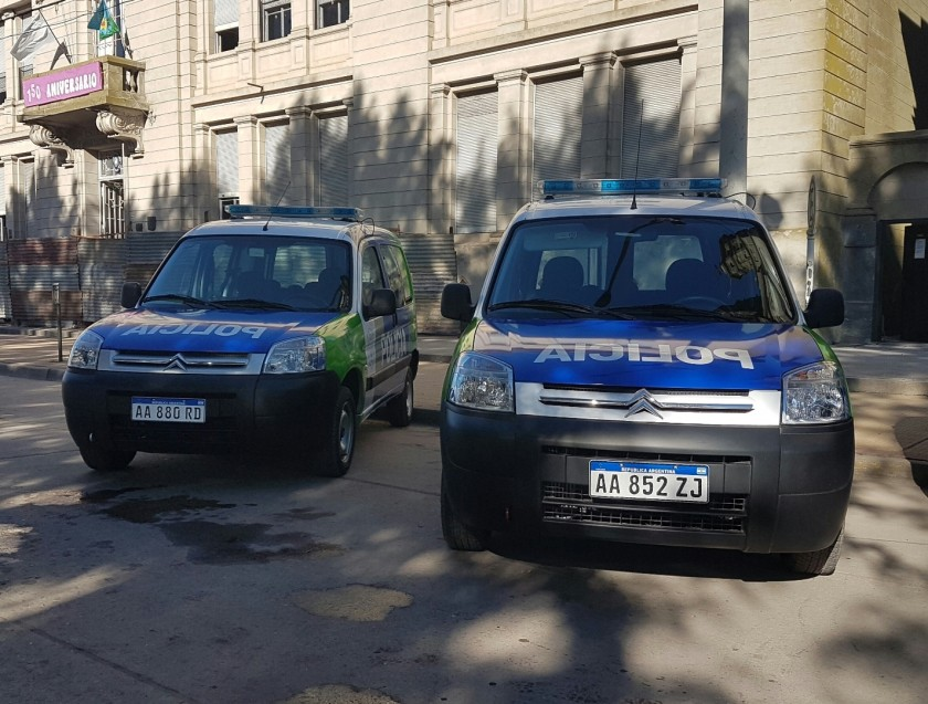 Alvear: la Policía Comunal recibió dos móviles y dos motocicletas