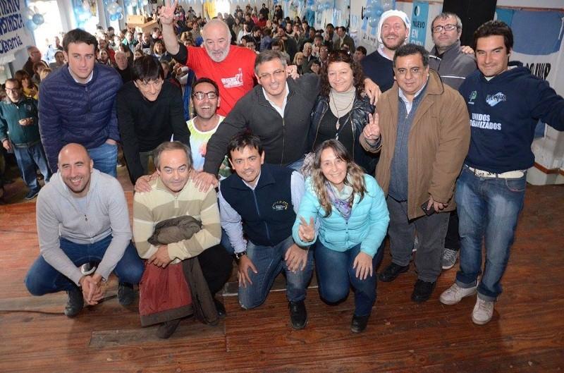 El Frente para la Victoria de la séptima respalda a Cristina y pregona la unidad
